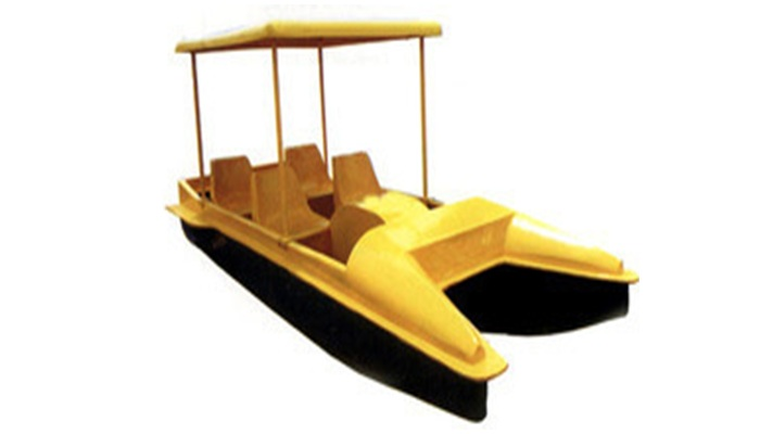 4-SEATER ROOF PADDLE BOAT